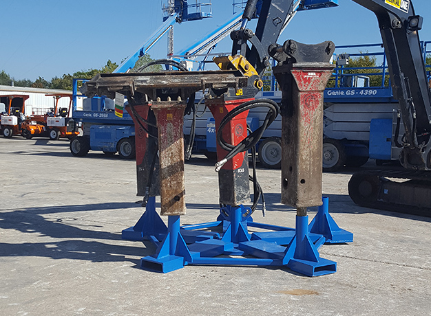 Hydraulic Hammer Pallet in use