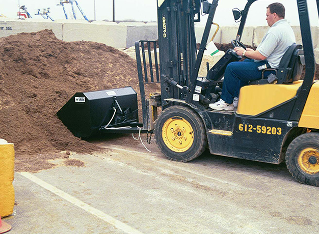 Load loose material with your forklift