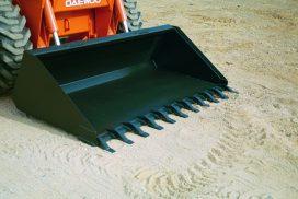 Skid-Steer bucket with teeth